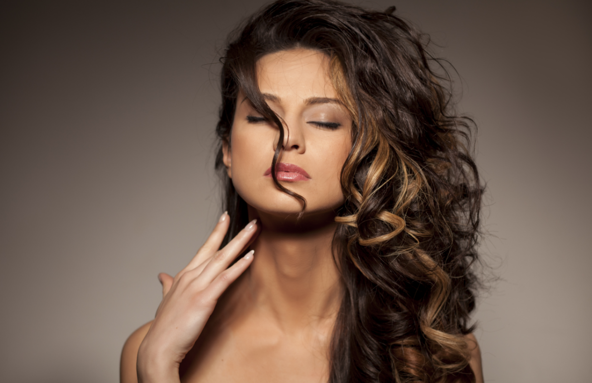 a few benefits of visiting a professional hair salon in dr phillips - Professional Hair Stylist